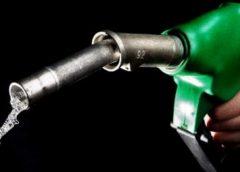 Már többen keresik a benzines autókat