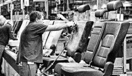 Palkovics járműipari összefogást kezdeményezett