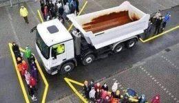 Évente több ezer életet menthet a kamionok holtterének ismerete